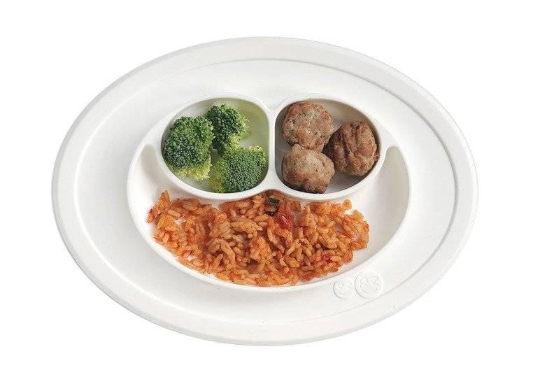 EZPZ - Silikonowy talerzyk z podkładką mały 2w1 Mini Mat, biały