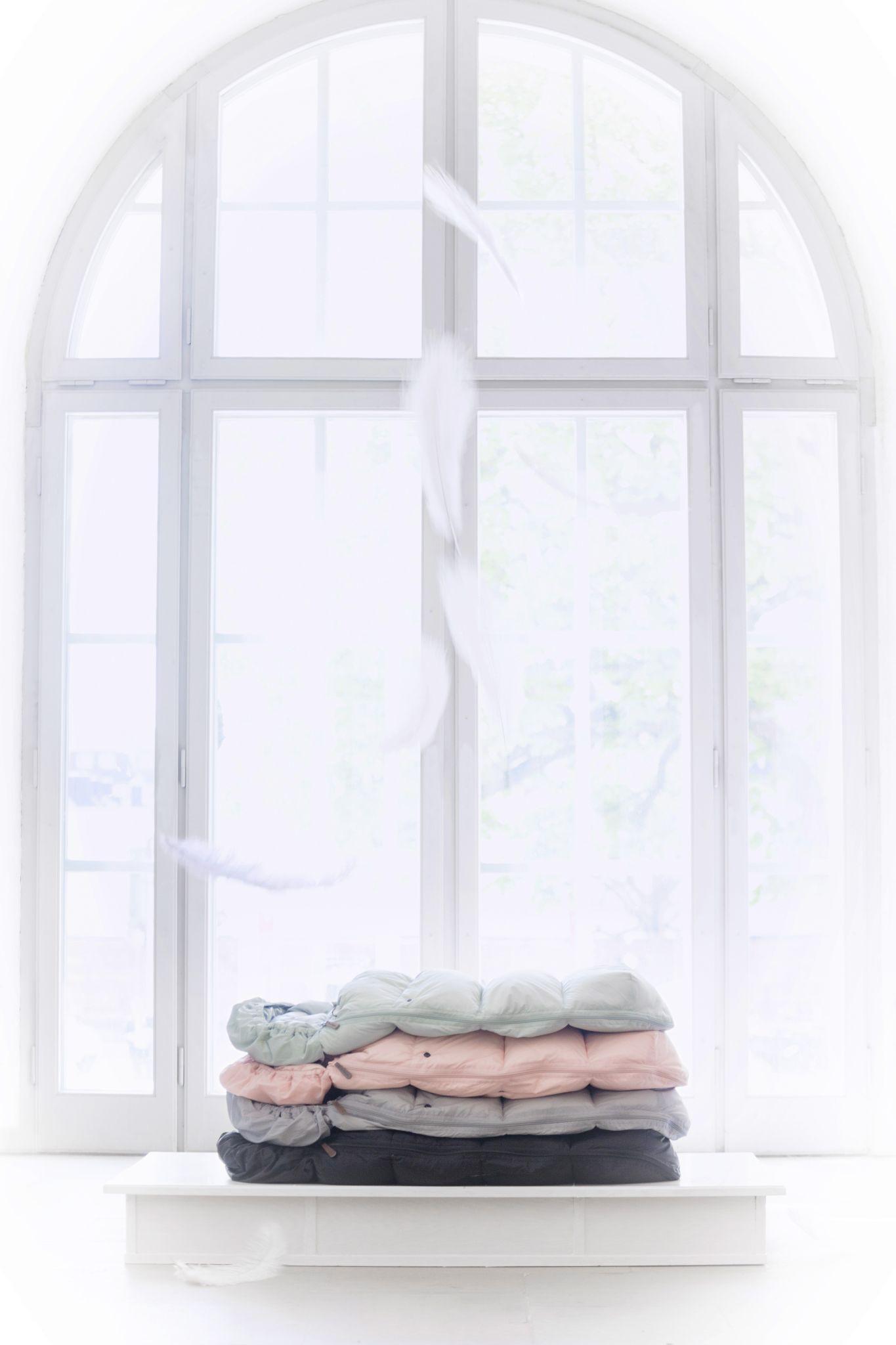 Elodie Details - Puchowy śpiworek do wózka, szary
