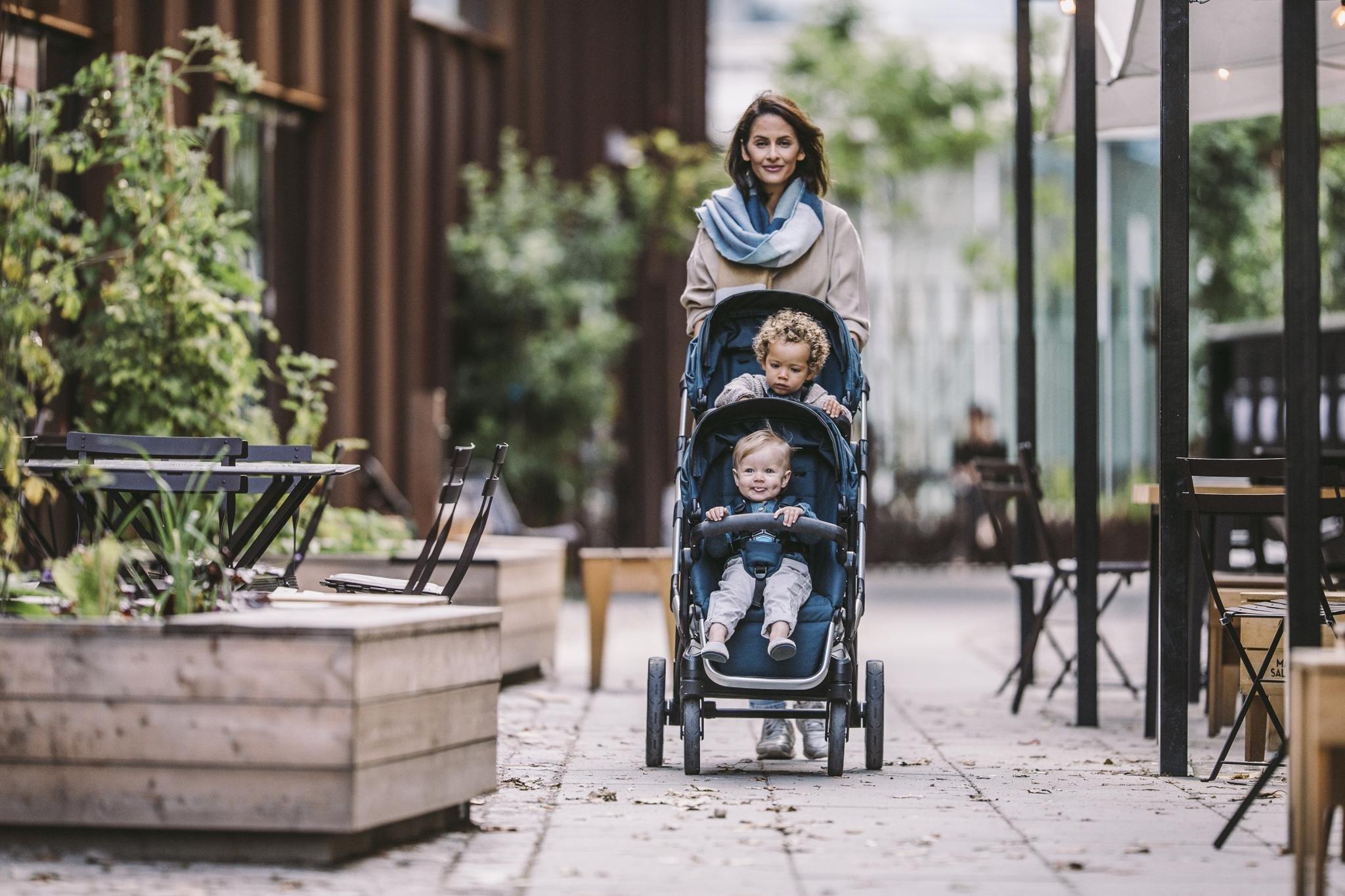 Thule Sleek Grey Melange siedzisko spacerowe + gondola + torba gratis