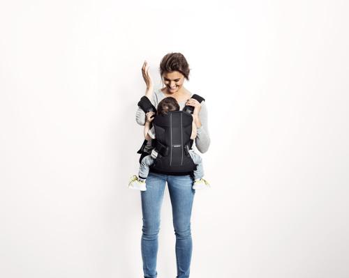 BABYBJORN ONE AIR - nosidełko ergonomiczne, czarny