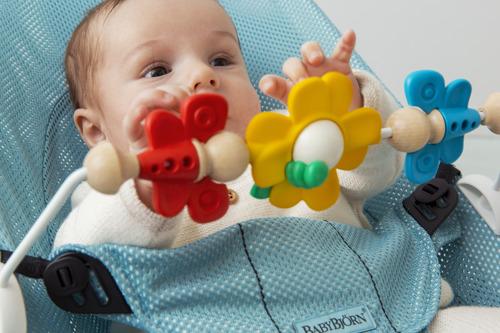 BABYBJORN - zabawka do leżaczka BALANCE Flying Friends