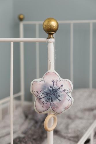 Elodie Details - Pozytywka, Embedding Bloom